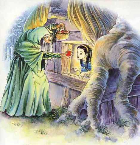 злая королева дает Белоснежке яблоко заколдованное