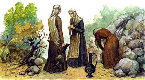 девушки набирают воду в кувшины