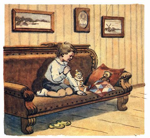 Сидел я раз на мягком диване и играл своими куколками